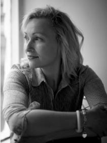 Sarah Pinborough author